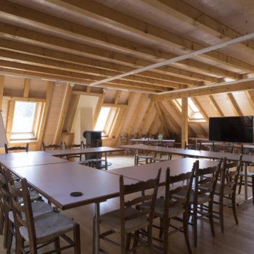 Autorisation des réunions professionnelles dans une salle louée